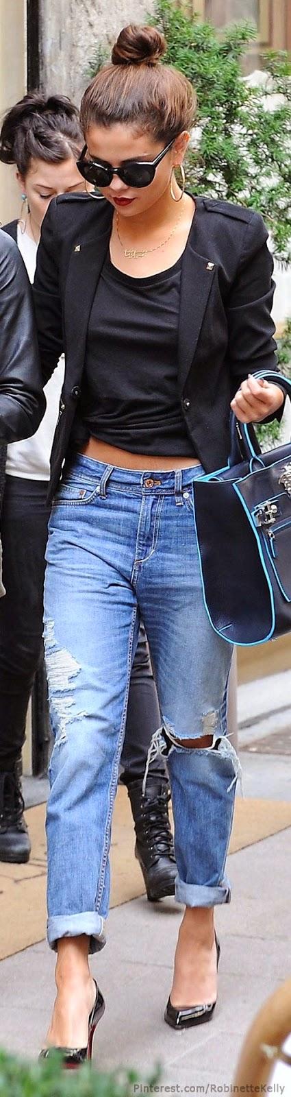 Street Style  Selena Gomez