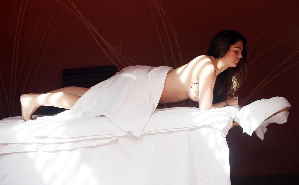 Кейси Бачелор в бикини на отдыхе (9 фото)