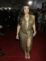 Nesha Jawani Ki Kim Kardashian Hot & Sexy In Gold Dress