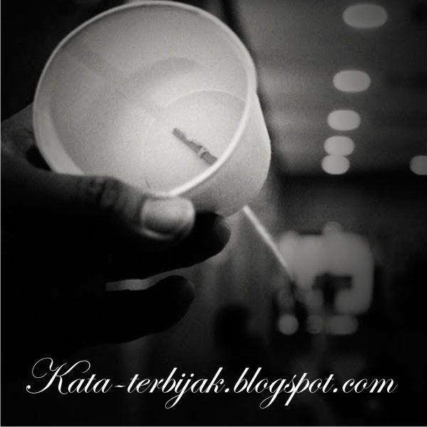 http://kata-terbijak.blogspot.com/2014/10/kata-kata-galau-long-distance.html