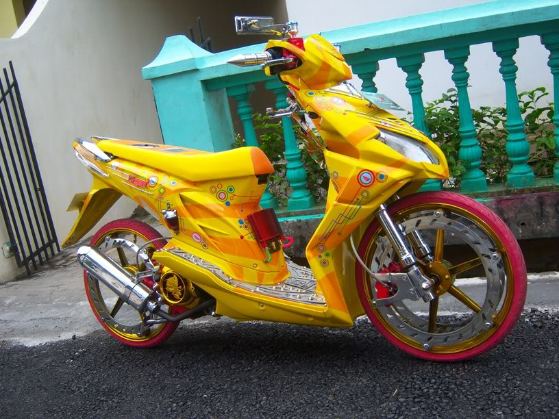 Modifikasi Honda Beat Velg 17 Reviewed by Rully Winarto on Sunday  title=