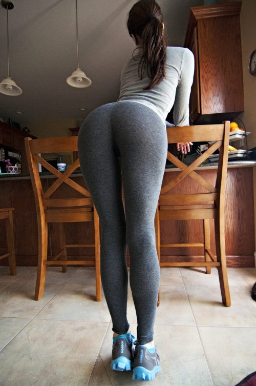 Elegant Yoga Pants Yoga Pants Pictures  Hot Girls In Yoga Pants