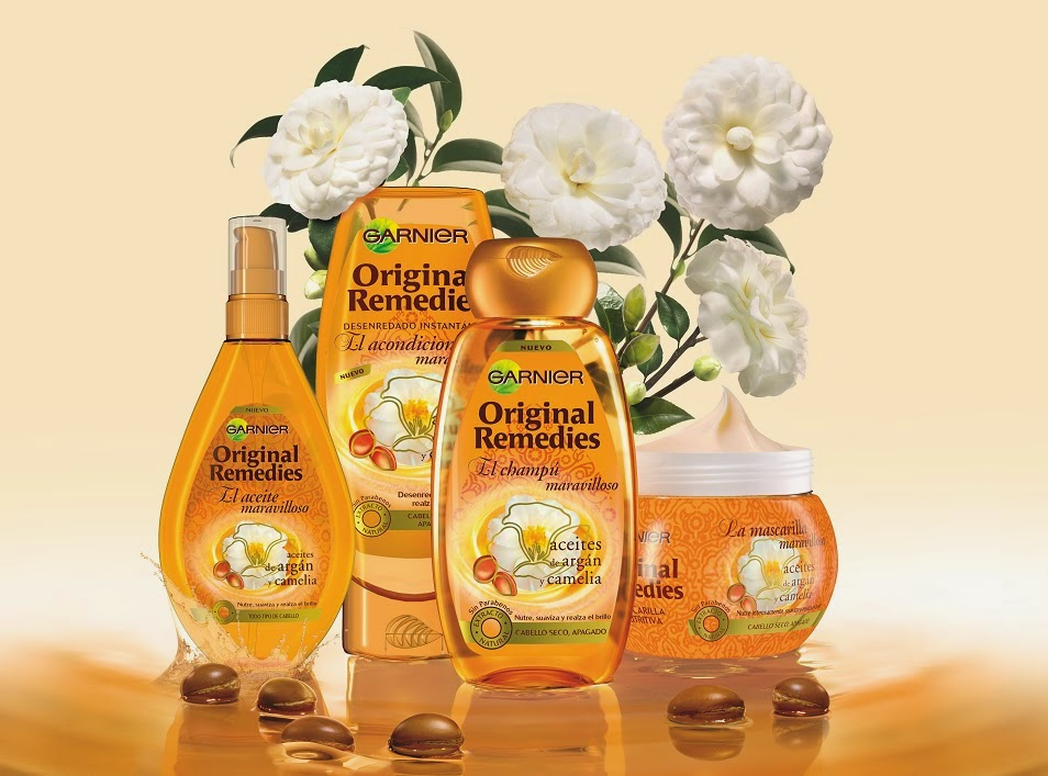 La máscara para los cabellos secos el aceite argany
