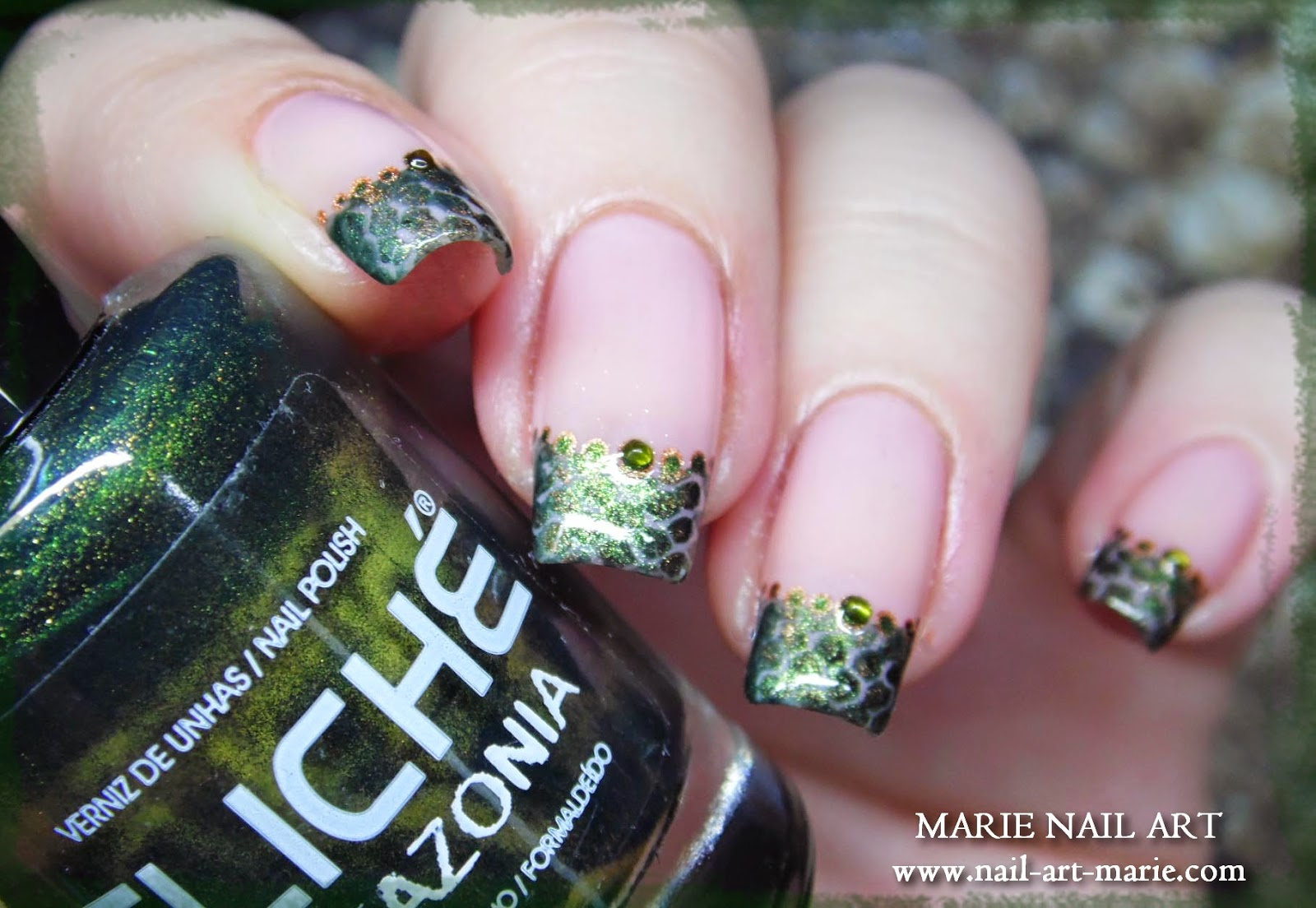 nail art effet peau de serpent8