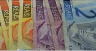 Dilma fixa em R$ 880 valor do salário mínimo a partir de 1º de janeiro