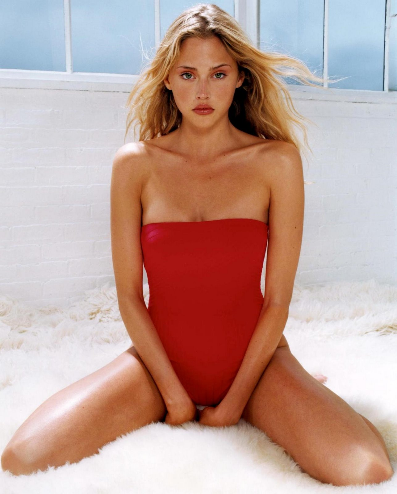 Estella Dawn Warren Born December 23 1978 Is An Actress Former Fashion