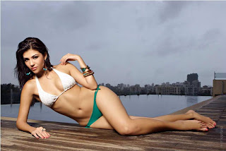 Archana IPL Host sexy pictures