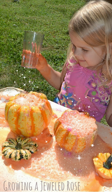 Magical Pumpkin Potions- a FUN activity for Fall.  Let your little ones play pumpkin potion master as they mix their own MAGICAL concoctions