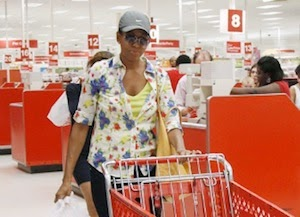 Michelle O and Talking Shopping Carts