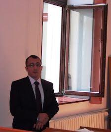 D-l Mihai Mârza, aspect din timpul susţinerii tezei de doctorat...