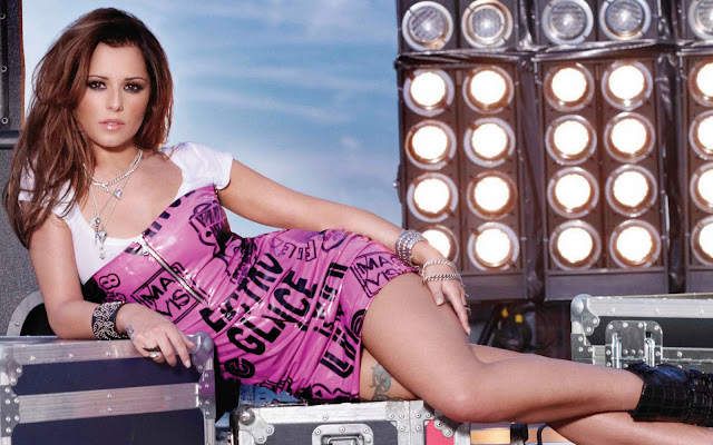 Cheryl Cole Tweedy Hot