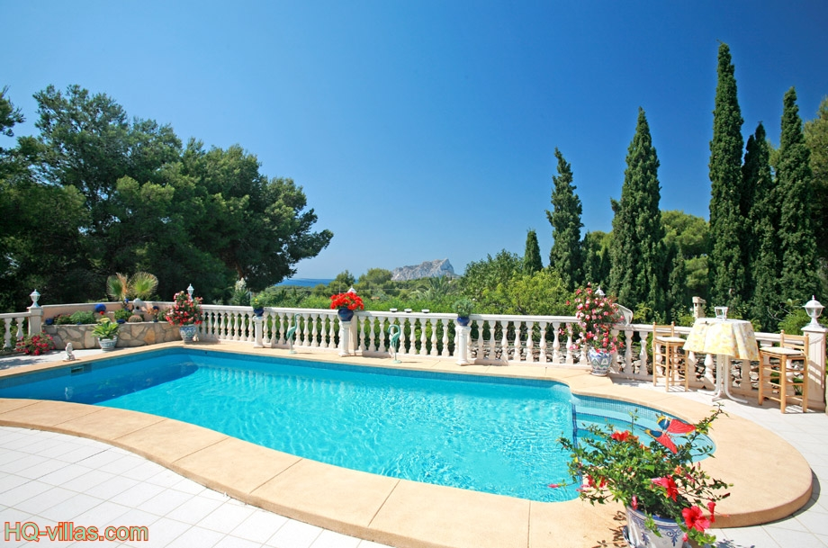 Locations vacances en espagne s jours en villas et for Location maison concarneau vacances