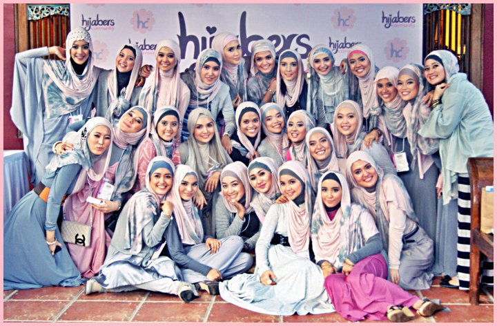 Our Blog Mainstream Non Fashion Muslim Hijab