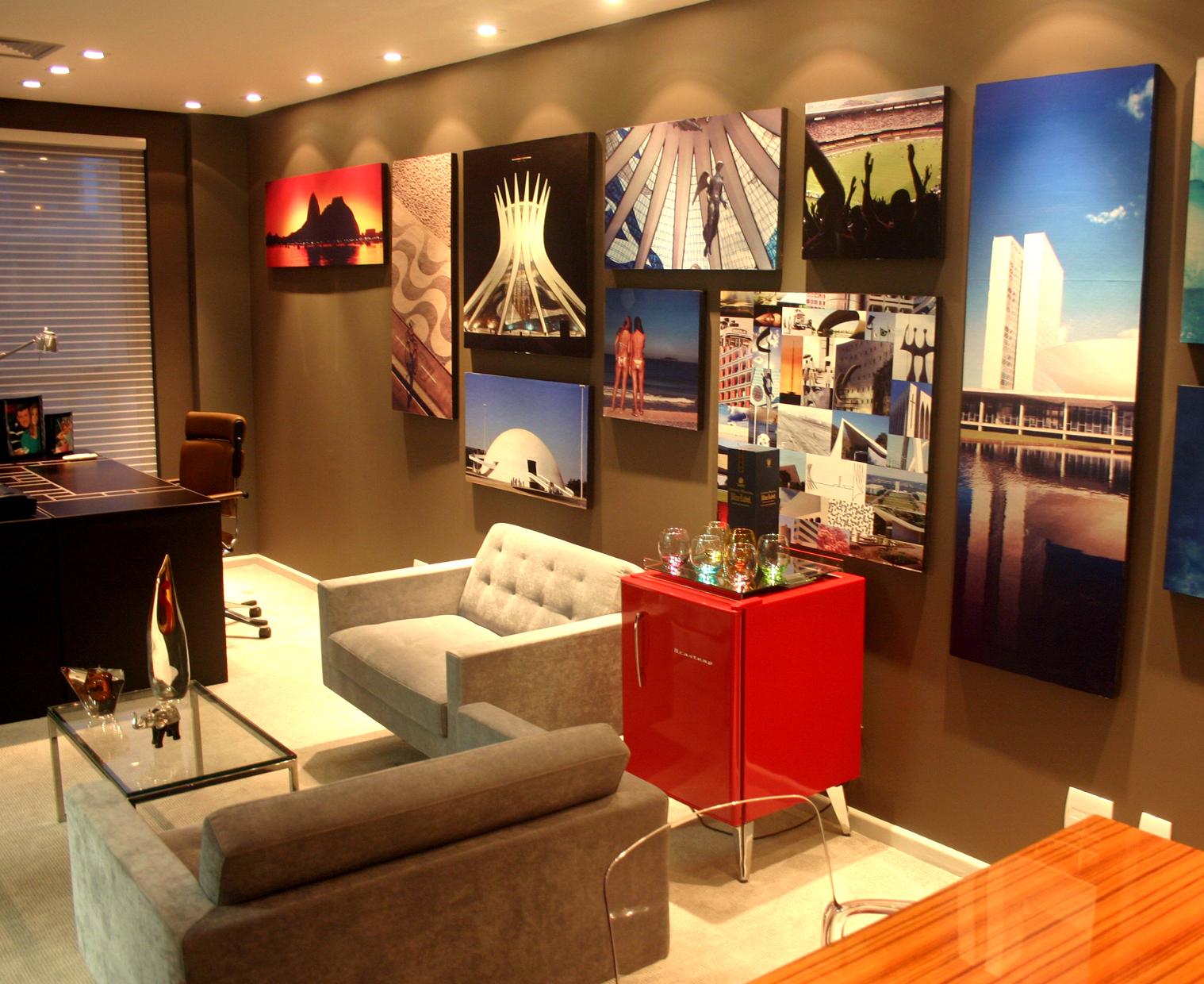 decoracao quadro branco:Painéis e quadros garantem uma decoração descontraída sem esforço