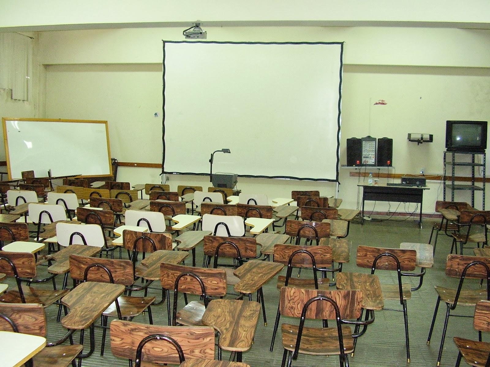 SOY DOCENTE MAESTRO Y PROFESOR.: La decoración del aula.