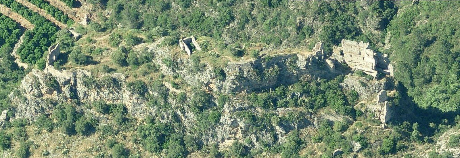 Vista aèria del castell de la Reina Mora