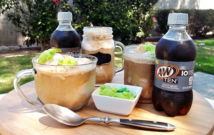 Low Calorie #IceCreamFloat with A&W TEN