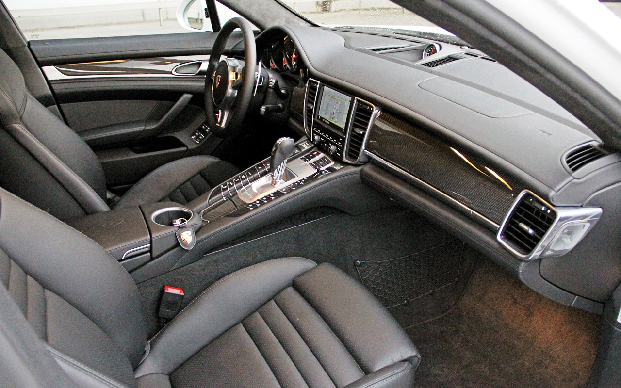 2013 porsche panamera turbo s fast speedy cars. Black Bedroom Furniture Sets. Home Design Ideas