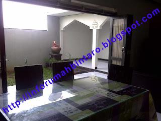ruang makan rumah disewa di pondok ranji