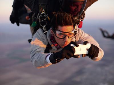 Smartphone Skydive