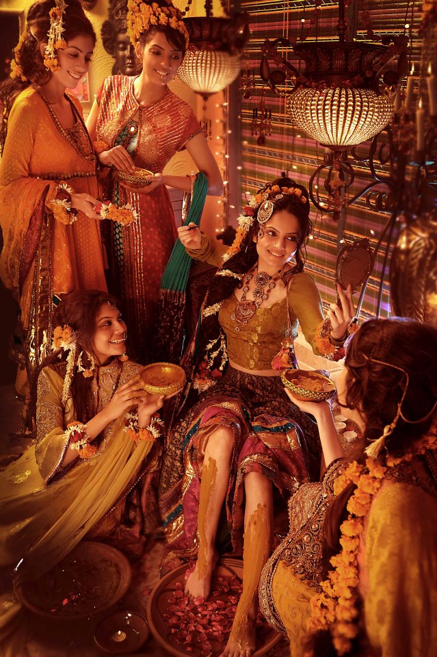 Bridal Mehndi Photo Shoot : Mehndi editorial shoot for designer nilofer shahid asian