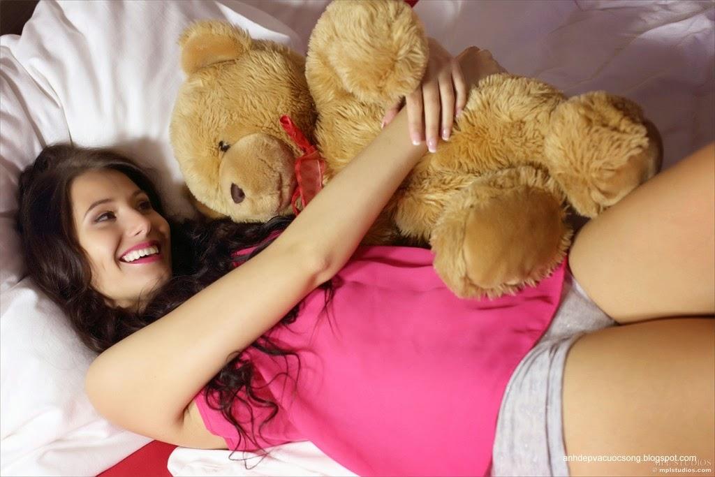 Người đẹp yêu thích gấu bông 11
