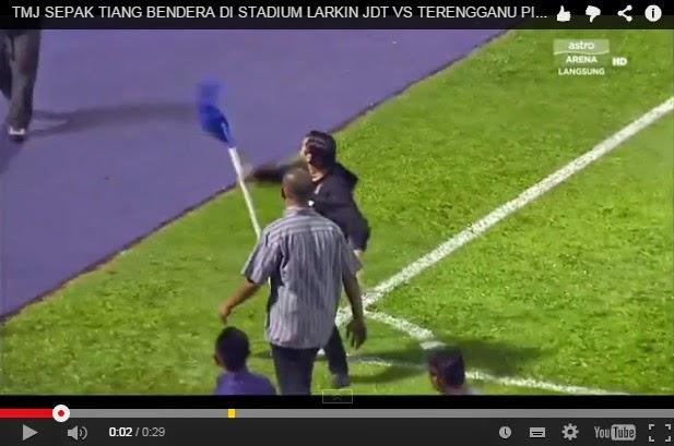 Video Tendang Tiang Bendera Penjuru Cara Raikan Kemenangan TMJ