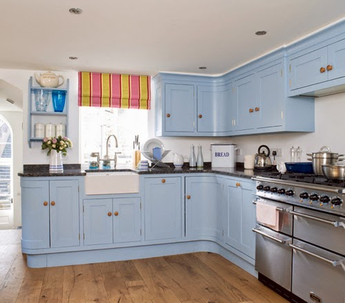 Dapur Modern Dan Elegan Dengan Warna Biru