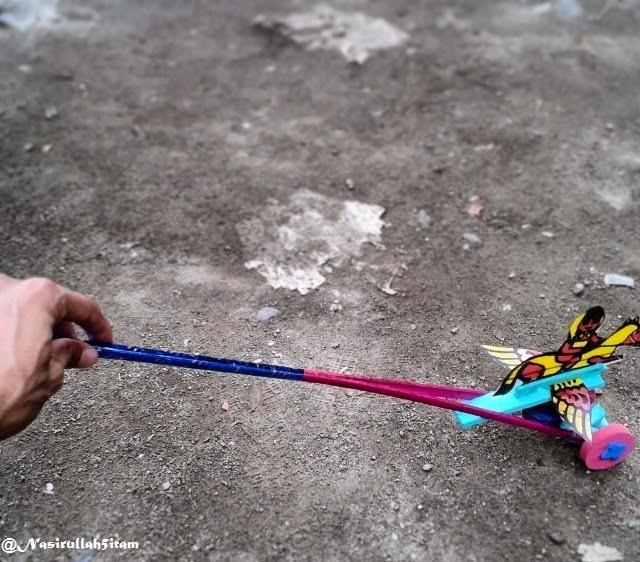 Mainan masa kecil
