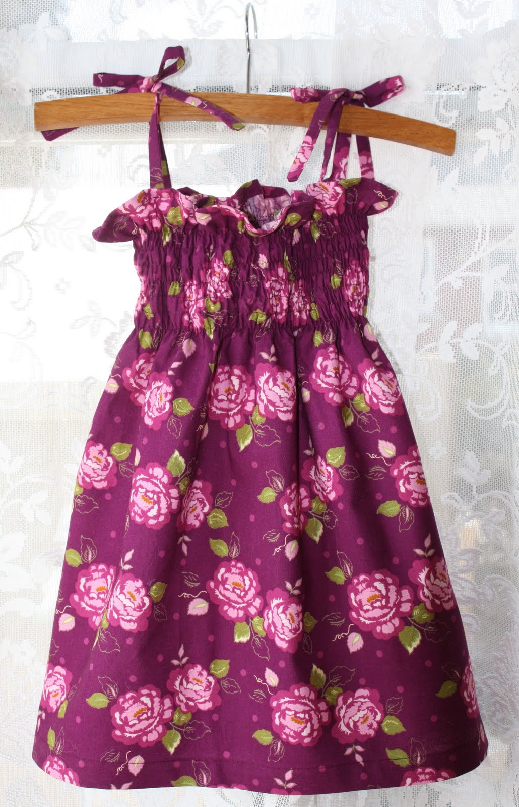 Thimbles bobbins paper and ink one yard easter gifts this dress is definitely one that beginners in sewing or those who just want to make something very quickly and simply can do the smocked top is actually negle Gallery