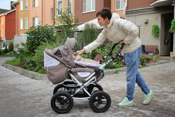 Natalia Zemtsova with son