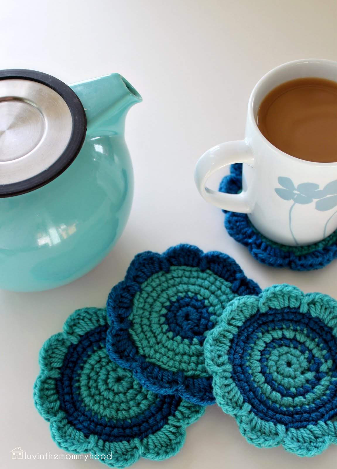 Crochet Coasters : versus: jardain crochet coaster tutorial with guest rebecca of nook