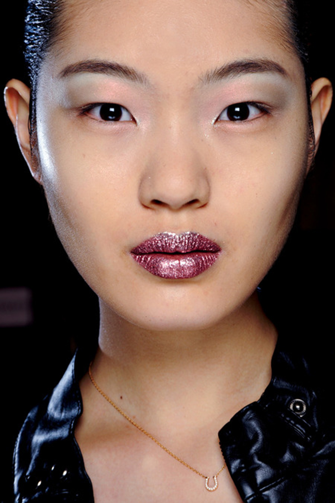 Christian Dior Couture Fall 2013 Beauty (Makeup and Hair)