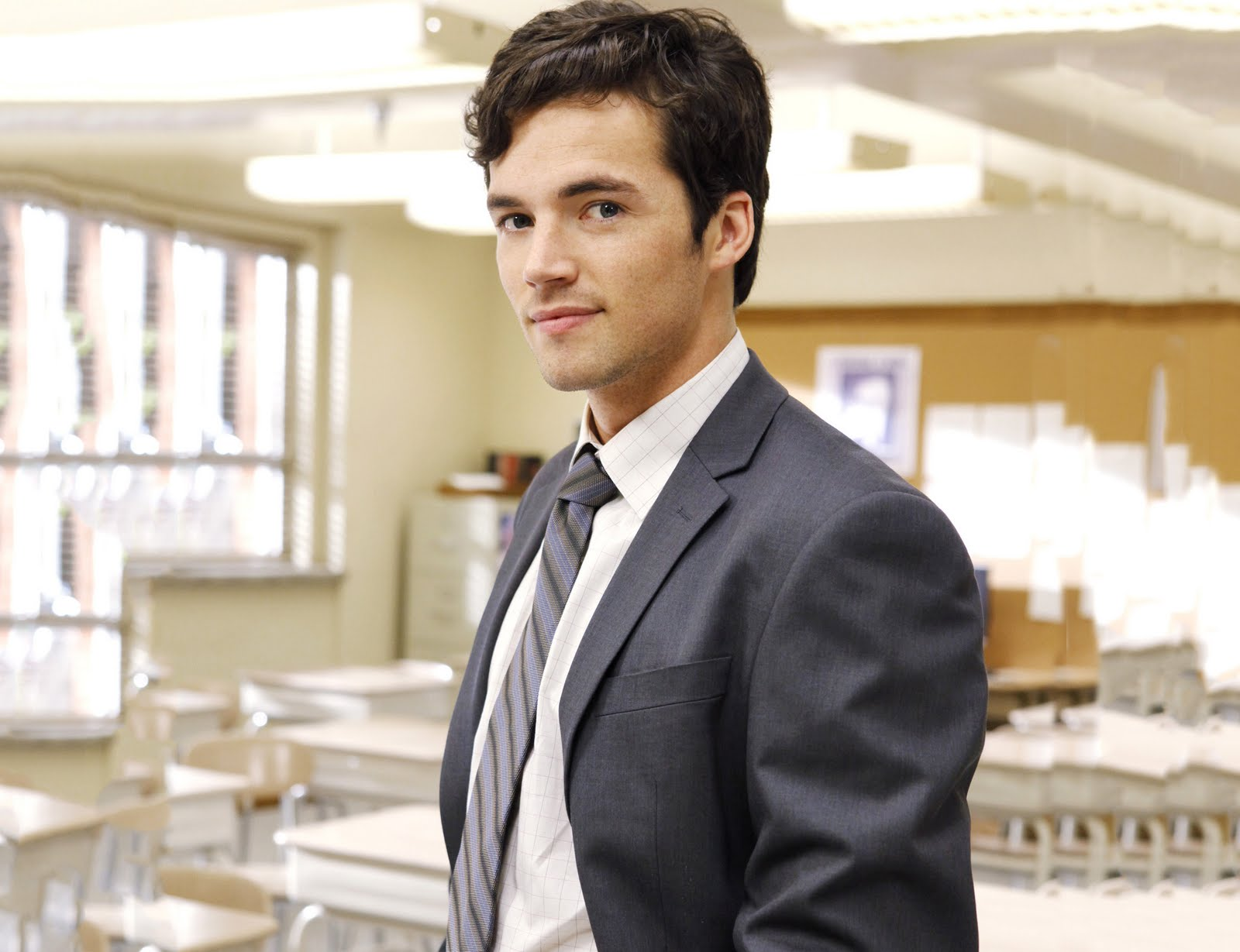 Ian Harding - Images Hot