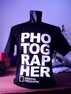 Men Shirt Custom - National Geographic Photographer - Kaos dari Semarang