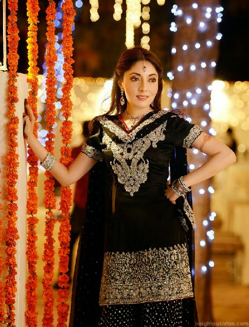 Engagement Dress Of Sharmila Farooqi