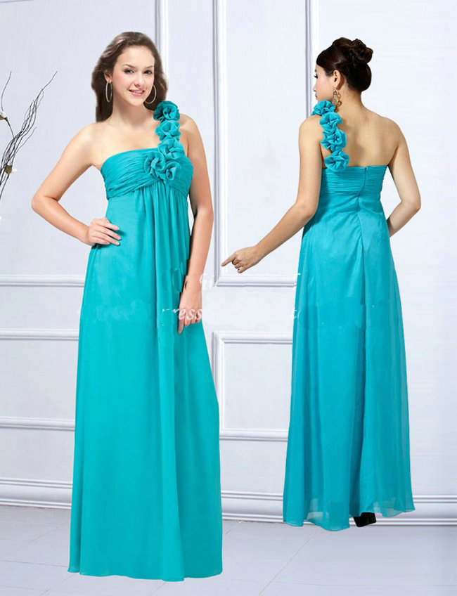 de1c21ecf7aa If you are invited to be a bridesmaid or attending a evening party, finding  a nice maternity dress ...