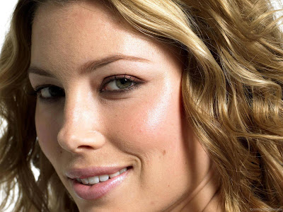 Actress Jessica Biel Wallpaper-512-1600x1200
