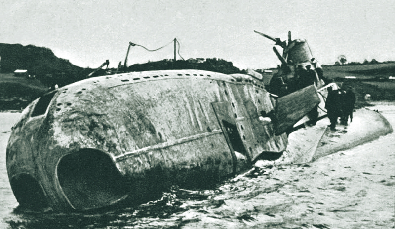 hms thetis disaster On 1st june 1939, hms thetis sank in liverpool bay on her maiden dive, with the loss of ninety-nine lives in thetis: submarine disaster, david paul.