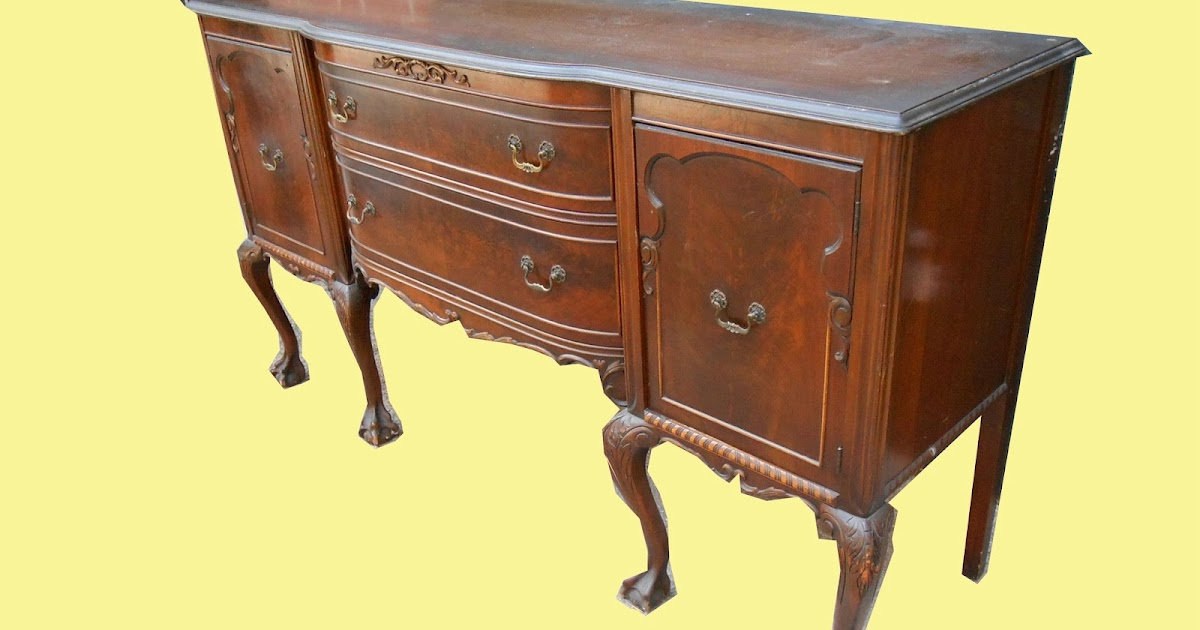 Uhuru Furniture Collectibles 1940s Chippendale Style Mahogany Buffet Sold
