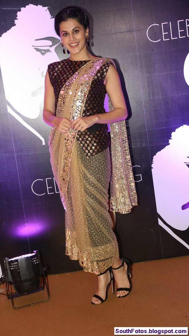 Tapasee Pannu in Saree Wallpapers