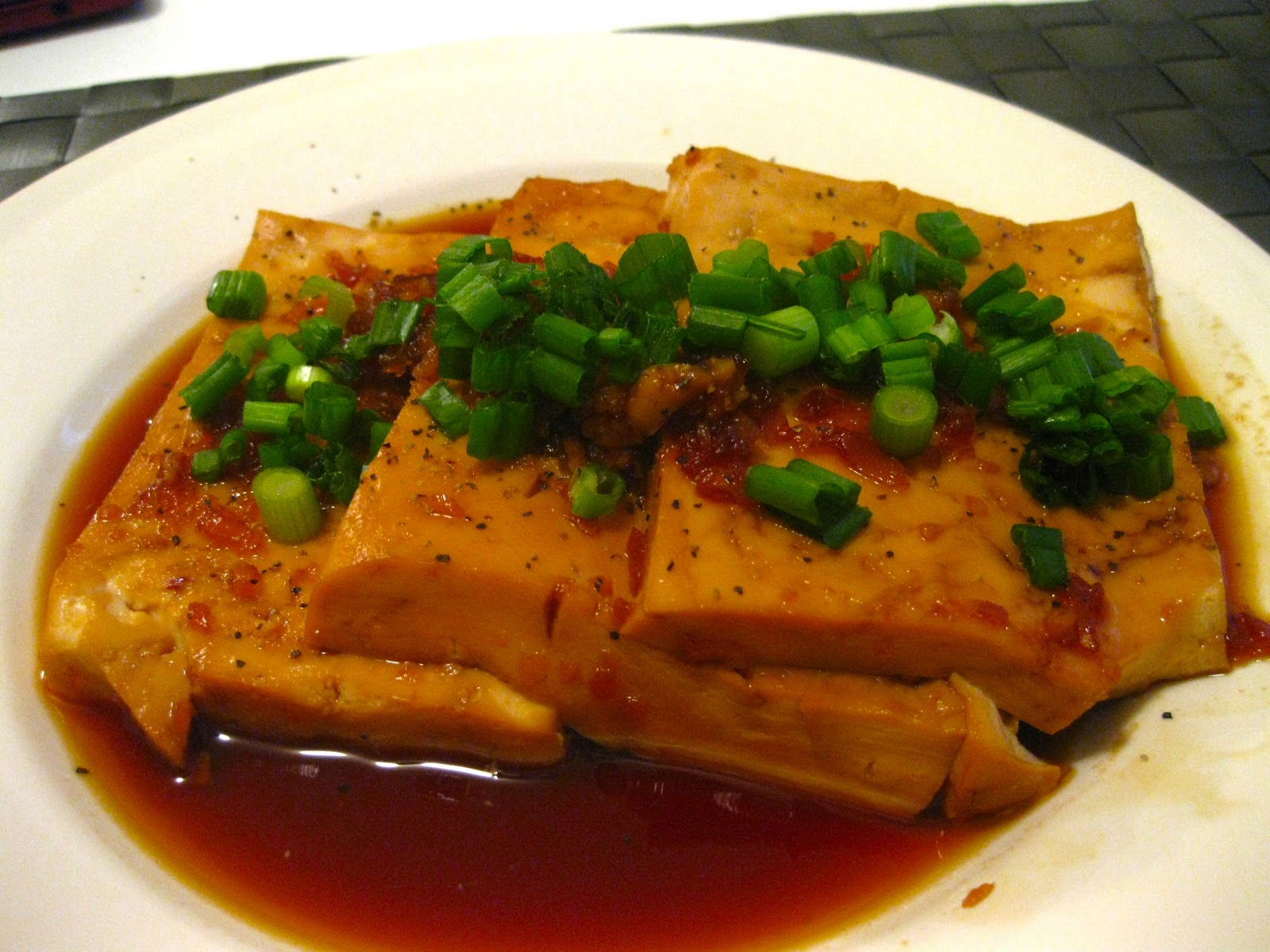 From the Stomach to the Heart: Braised Tofu in Caramel Sauce