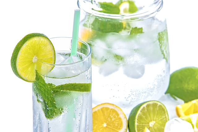 8 benefits Of Lime Water For Healthy Weight Loss