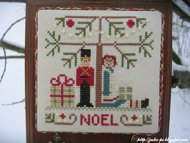 Little House Needleworks (LHN) - Under the Tree