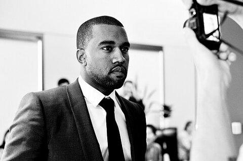 Kanye West All Of The Lights Rihanna. Kanye West-All Of The Lights