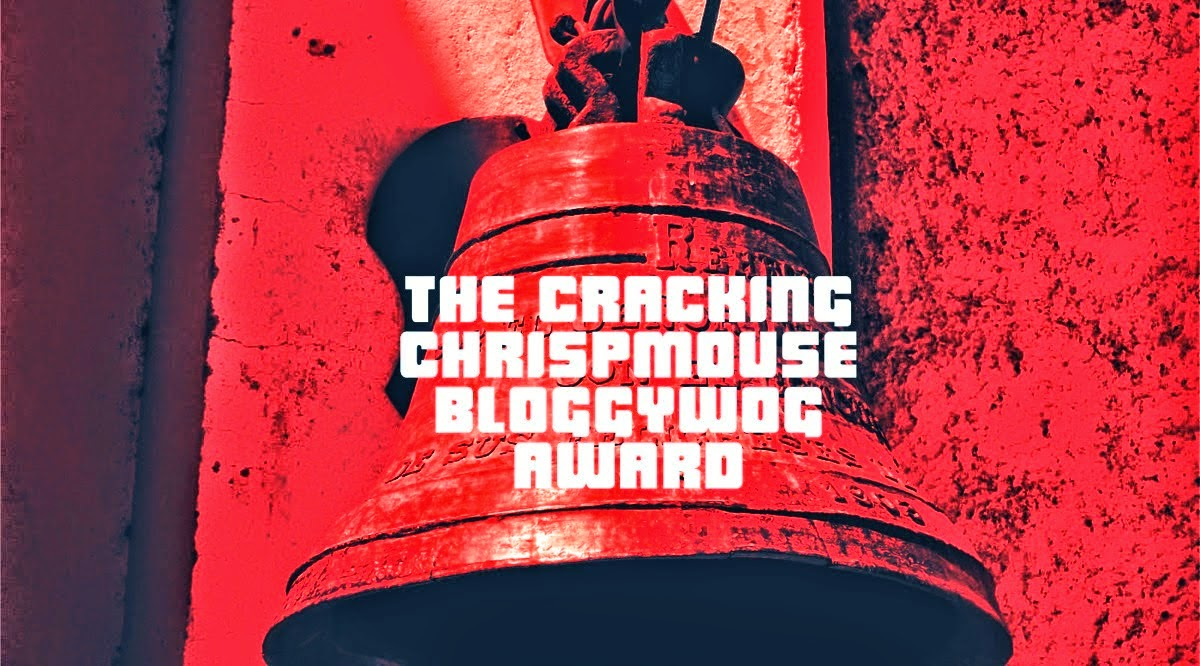 THE CRACKING CHRISPMOUSE BLOGYWOG AWARD