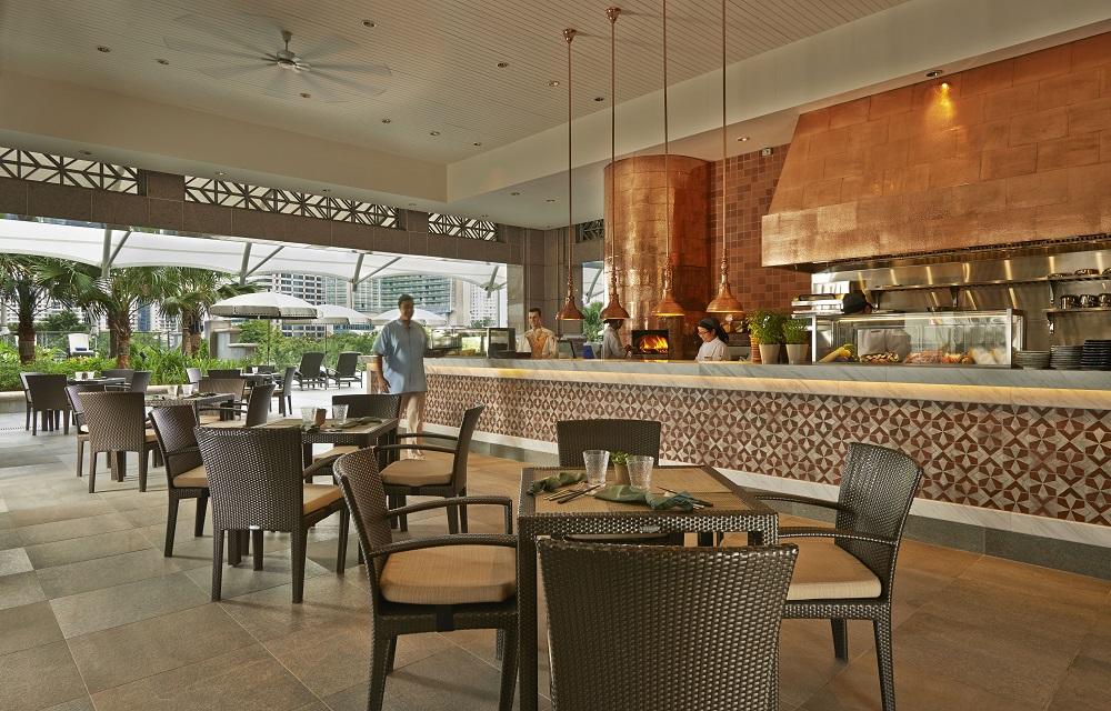 goodyfoodies aqua restaurant bar mandarin oriental kl. Black Bedroom Furniture Sets. Home Design Ideas