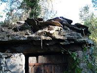 Detall de la barraca de vinya del Clot de l'Oli