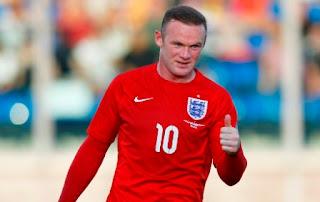 Rooney Samai Rekor Gol Sir Bobby Charlton di Timnas Inggris