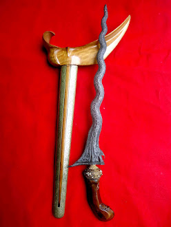 KERIS SANGKELAT